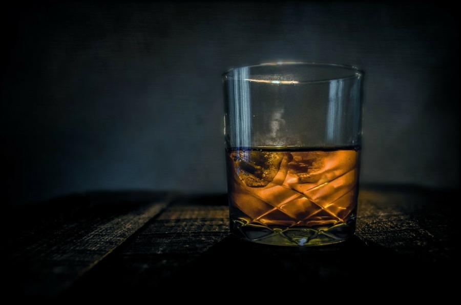 whiskey-315178_1280